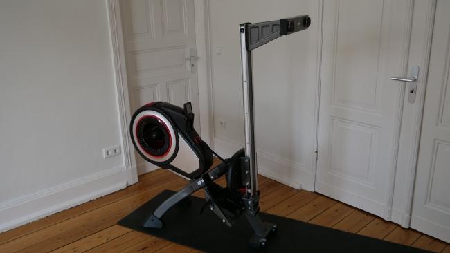 zusammengeklappt sportplus Rudergerät