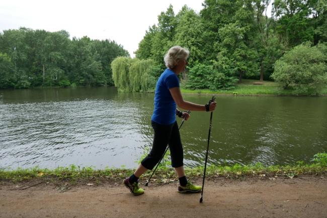 nordic walking falsche haltung